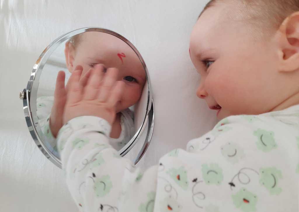 Test-z-ogledalom-Minirokice